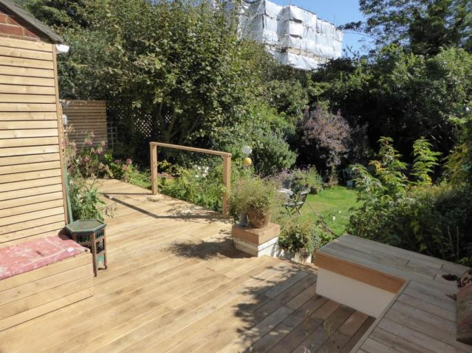 Timber Oak Decking Sussex
