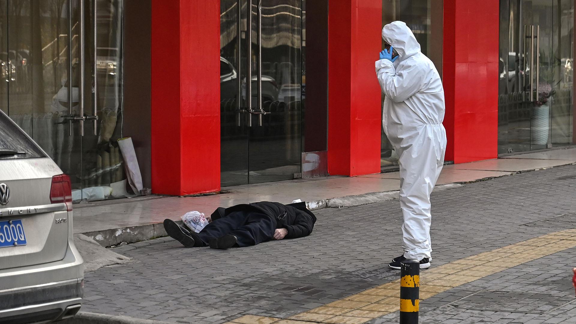 Las autoridades chinas están tomando los recaudos para que la enfermedad deje de extenderse (Héctor RETAMAL / AFP)