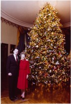 First Lady Nancy Reagan also went with the American Folk Art theme, and in 1981 borrowed ornaments from the Museum of American Folk Art.