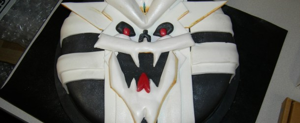 """I Hunger!"" – The Sinistar Cake"