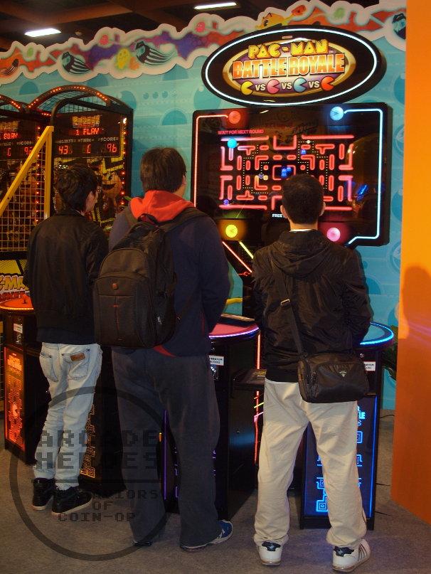 2013_GTI_Day1_Namco_Pac-Man_Zone_Battle_Royale_Machine