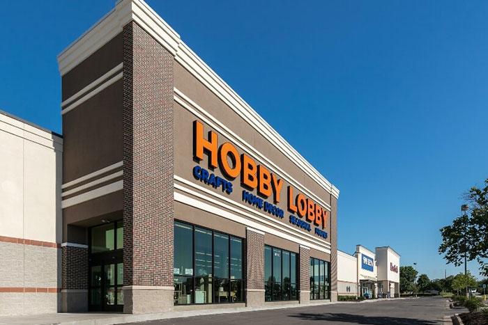retail-hobby-lobby