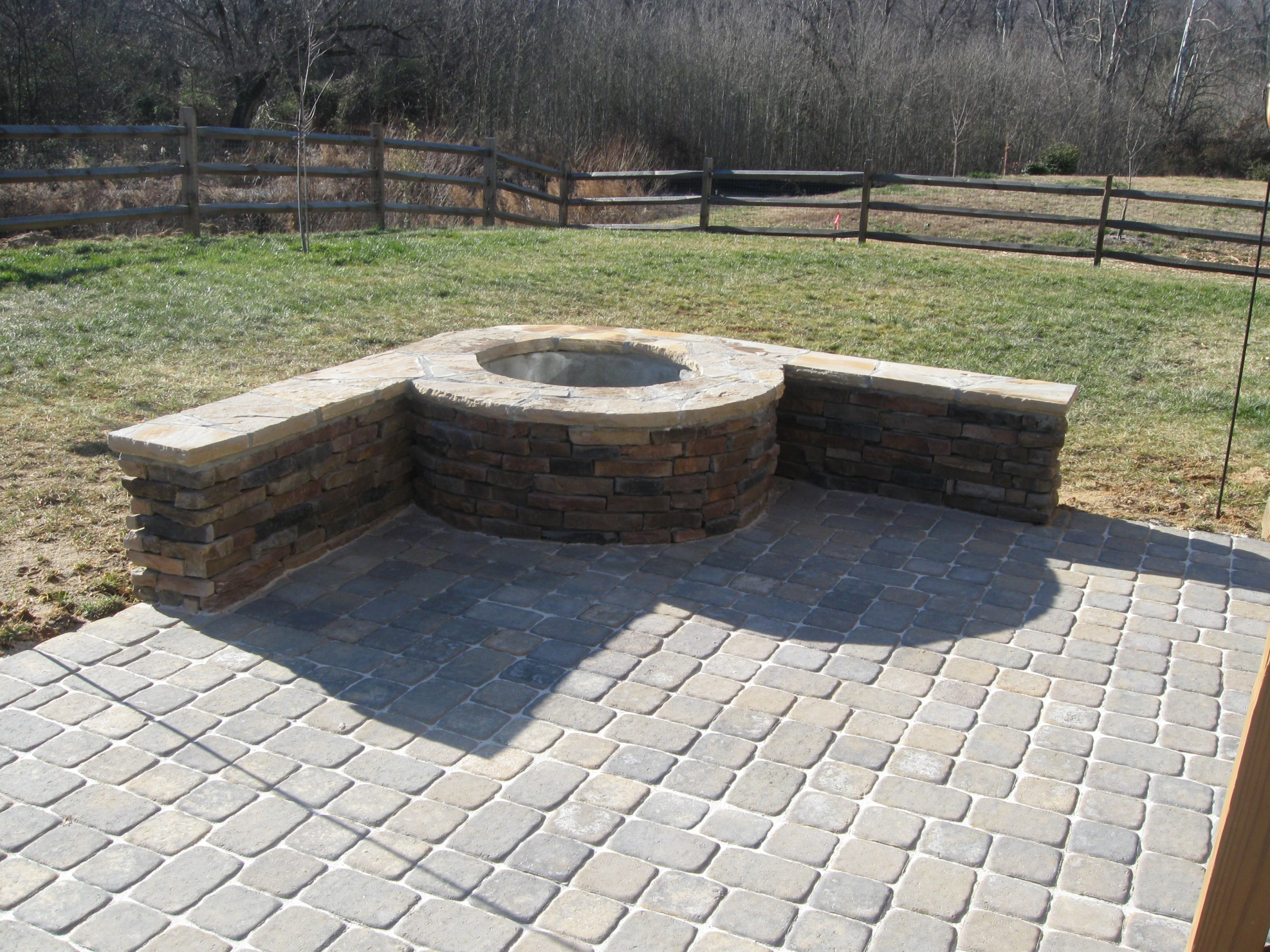 How to build a stone outdoor patio? | Archadeck of Charlotte on Pavers Patio With Fire Pit id=32228