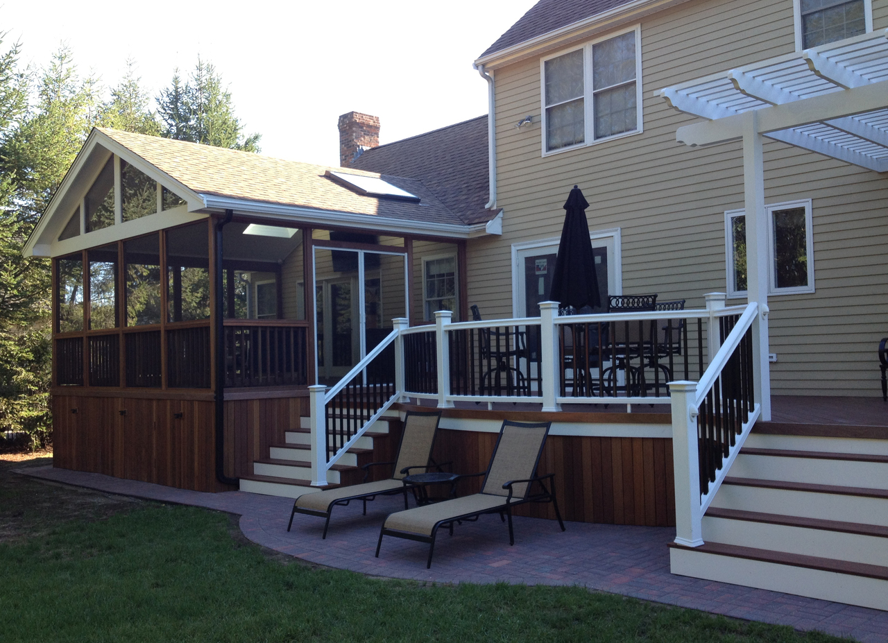 Screened-In Deck Design Ideas by Archadeck | St. Louis ... on Enclosed Back Deck Ideas id=93454