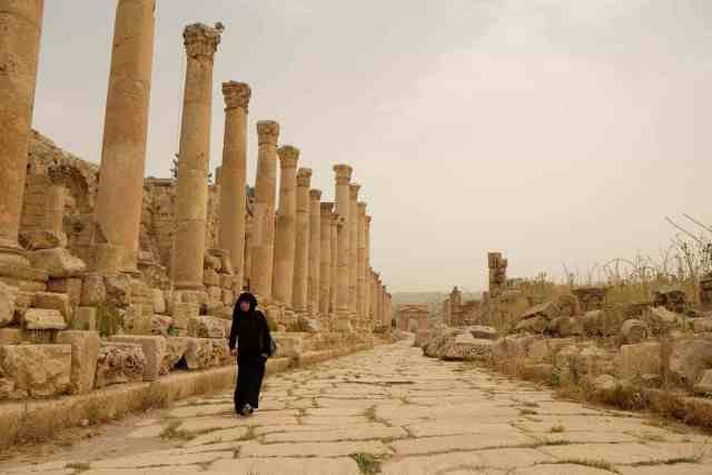 Jerash is just as popular with locals as a place to stroll, as it is with travelers. Photo: Genevieve Hathaway Photography.