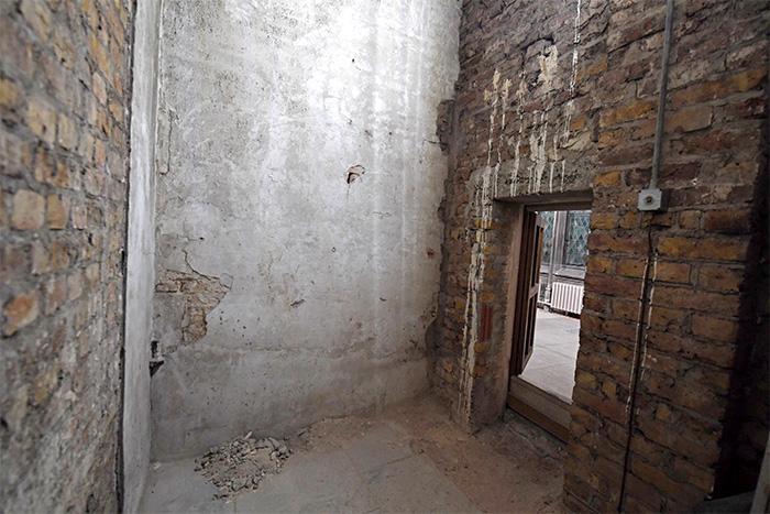 The lost passageway and door from the corridor