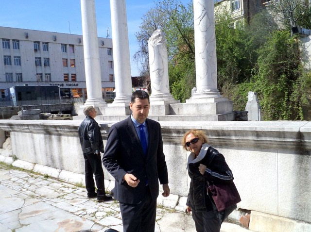Plovdiv Mayor Ivan Totev (left) has launched the reconstruction of the Odeon of ancient Philipopolis. Photo: Plovdiv Municipality
