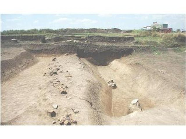 A 2010 photo of the excavations of the Early Neolithic proto-city near Bulgaria's Yabalkovo. Photo: 24 Chasa daily