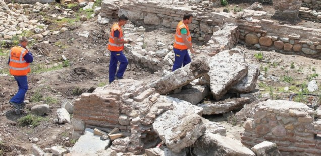 Construction Workers Busting Ruins of Ancient Thracian and Roman City Serdica in Bulgaria's Capital Sofia, Report Says