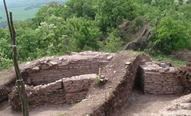 The Kaleto Fortress near the town of Banya in Southern Central Bulgaria was first built in the 4th century AD. Photo: Panagyurishte Museum of History