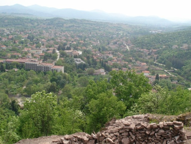 A view of the town of Banya in Southern Central Bulgaria from the Late Antiquity fortress Kaleto. Photo: Panagyurishte Museum of History