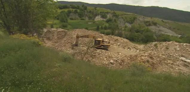 Bulldozers, Treasure Hunters Destroying Ancient Thracian Archaeological Sites in Bulgaria's Satovcha Municipality