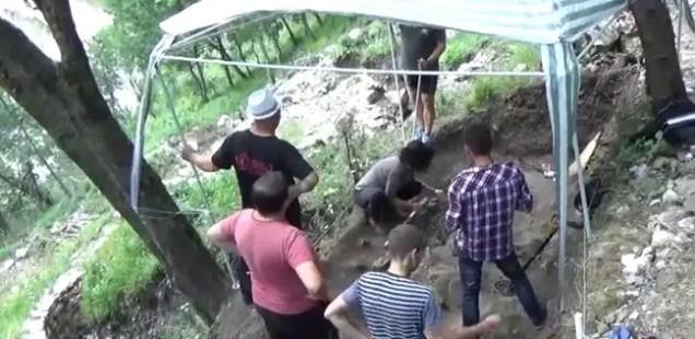 Bulgarian Archaeologists Unearth Lots of Animal Bones at Ancient and Medieval Fortress Vratitsa (Gradishte) near Vratsa