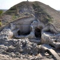 Prehistoric People in Bulgaria's Provadiya Consumed Milk in 5th Millenium BC, Archaeologists Find