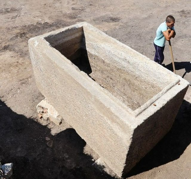 This 3rd century AD Ancient Thracian marble sarcophagus where a Thracian aristocrat was buried has been found in a Thracian burial mound near Bulgaria's Boyanovo. Unfortunately, the tomb itself was raided by a Turkish bey in the 19th century when the treasure it contained was stolen. Photo: ElhovoNews