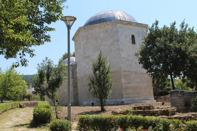 The Christian and Muslim shrine in the town of Obrochishte near Bulgaria's Balchik is an Ottoman monument from the 16th century. Photo: Radio Varna