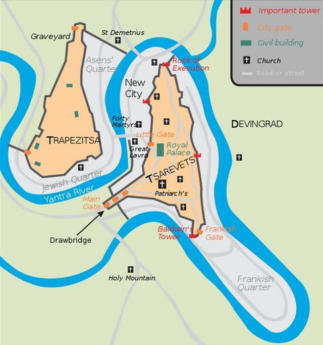 A map of Tarnovgrad, capital of the Second Bulgarian Empire (1185-1396 AD), today's Veliko Tarnovo, showing its two main fortresses, Trapesitsa (left) and Tsarevets (right). Map: Martyr, Wikipedia