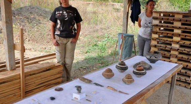 A number of other metal and bone prehistoric artifacts have been discovered during the 2015 summer excavations of the Provadiya - Solnitsata prehistoric town in Northeast Bulgaria. Photos: Cherno More News Agency
