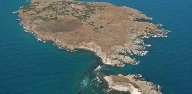 Diver Stumbles Upon Sunken Ancient Greek Ship in Black Sea off the Coast of Bulgaria's Sozopol