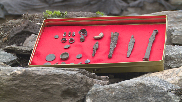 These artifacts and coins are the latest finds from the Urvich Monastery. Photo: bTV