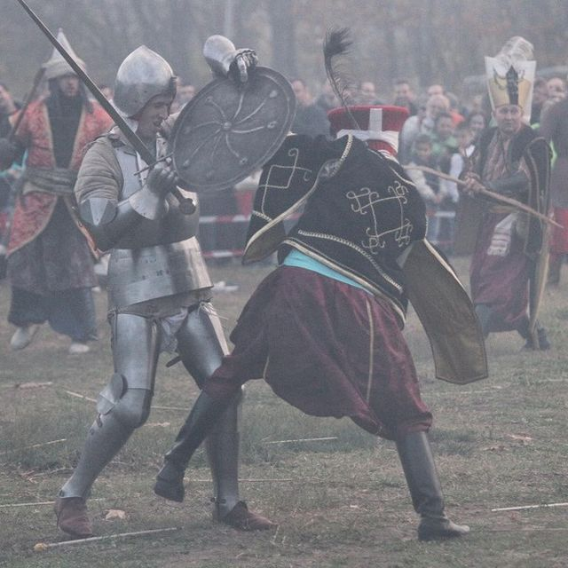 This photo from the 2014 historical reenactment of the 1444 AD Battle of Varna held 570 years later shows a fight between a European Crusader knight and an Ottoman Janissary. Photo: BGNES