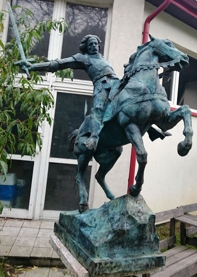 Another view of the future monument of Polish and Hungarian King Vladislav (Wladyslaw) III Varnenchik to be erected in Varna. Photo: Ministry of Culture