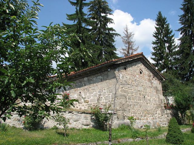 The early 17th century Dobarsko Church in Dobarsko, Southwest Bulgaria, as viewed from the outside. Photo: Nadina, Wikipedia