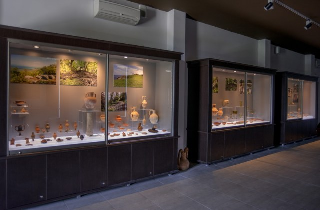 The artifacts from Pharmakida, the fortified residence of an Ancient Thracian ruler, indicate trade connections with various parts of the ancient world as well as participation in the Mithridatic Wars between the Roman Republic and the Kingdom of Pontus. Photo: Primorsko Museum of History