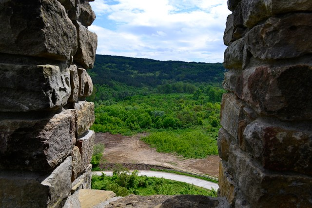 A view of the location of the removed illegal dumpsite from the Baldwin's Tower of the Tsarevets Hill Fortress in Bulgaria's Veliko Tarnovo. Photo: Veliko Tarnovo Municipality