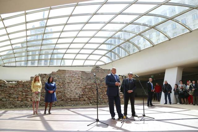 Bulgarian Prime Minister Borisov (front left) and Culture Minsiter Rashidov (front right) speaking at the opening of the open-air museum of the Ancient Roman city of Serdica under one of the glass domes at the Sofia Largo. Photo: Bulgarian Prime Minsiter's Facebook Page