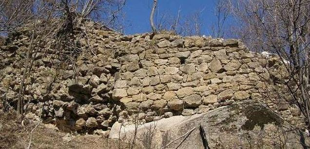 Museum in Bulgaria's Kazanlak Gets Long-Awaited Government Permit to Excavate Medieval Fortress Buzovo Kale