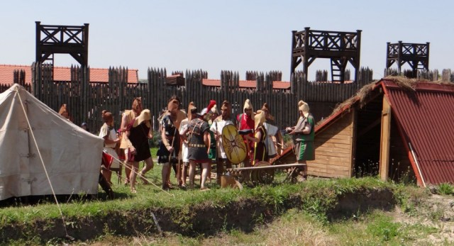 The Thracians (above) and the Romans (below) before their battle reenactment in Kabile. Photos: Yambol Municipality
