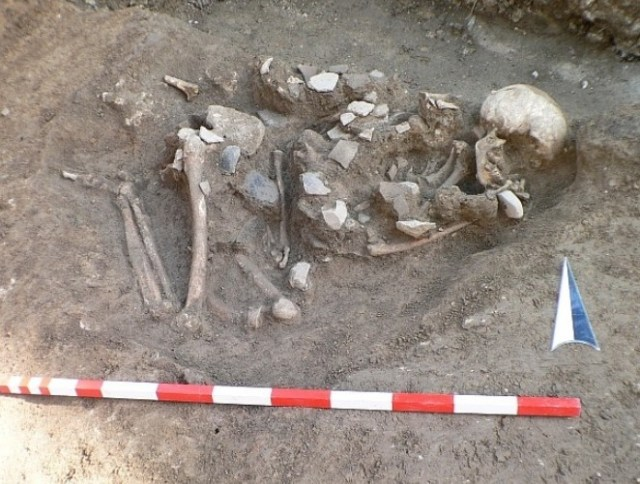 The newly discovered grave from 4,500-4,300 BC which has been found in the Chalcolithic necropolis in Bulgaria's Kamenovo. Photo: archaeologist Dilen Dilov