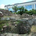 Archaeologists Find Preserved Wooden Structure from Moat Bridge at Western Gate of Ancient Serdica in Bulgaria's Sofia