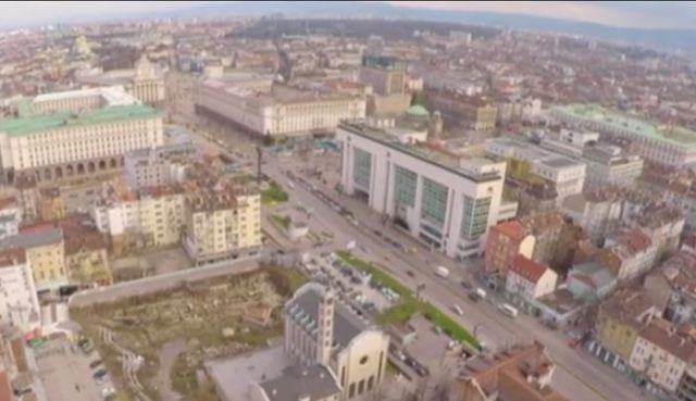 The ruins of the Western Gate of Serdica are very close to the Sofia Largo, the complex of massive government buildings in downtown Sofia. Photo: TV grab from bTV