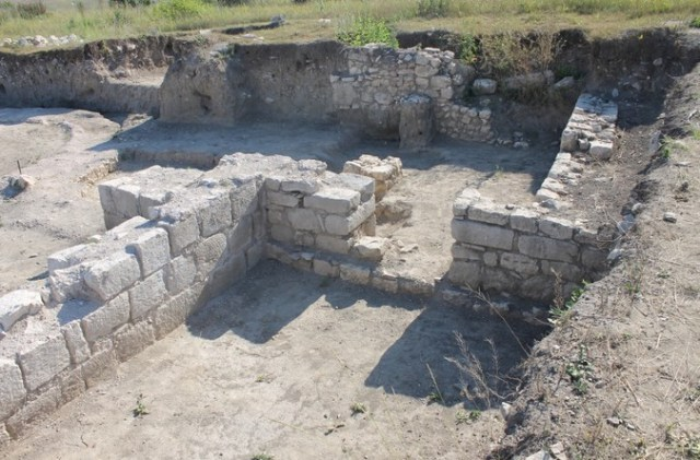 The ruins of the large Ancient Roman and Early Byzantine city of Zaldapa in Northeast Bulgaria. Photo: Krushari Municipality