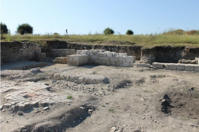 Exposed ruins in the huge ancient Roman and Byzantine city of Zaldapa in Northeast Bulgaria. Photo: Krushari Municipality