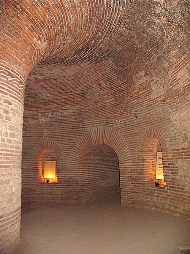The inside of the Ancient Thracian tomb near Pomorie, with the niches in its round wall. Photo: Pomorie Municipality