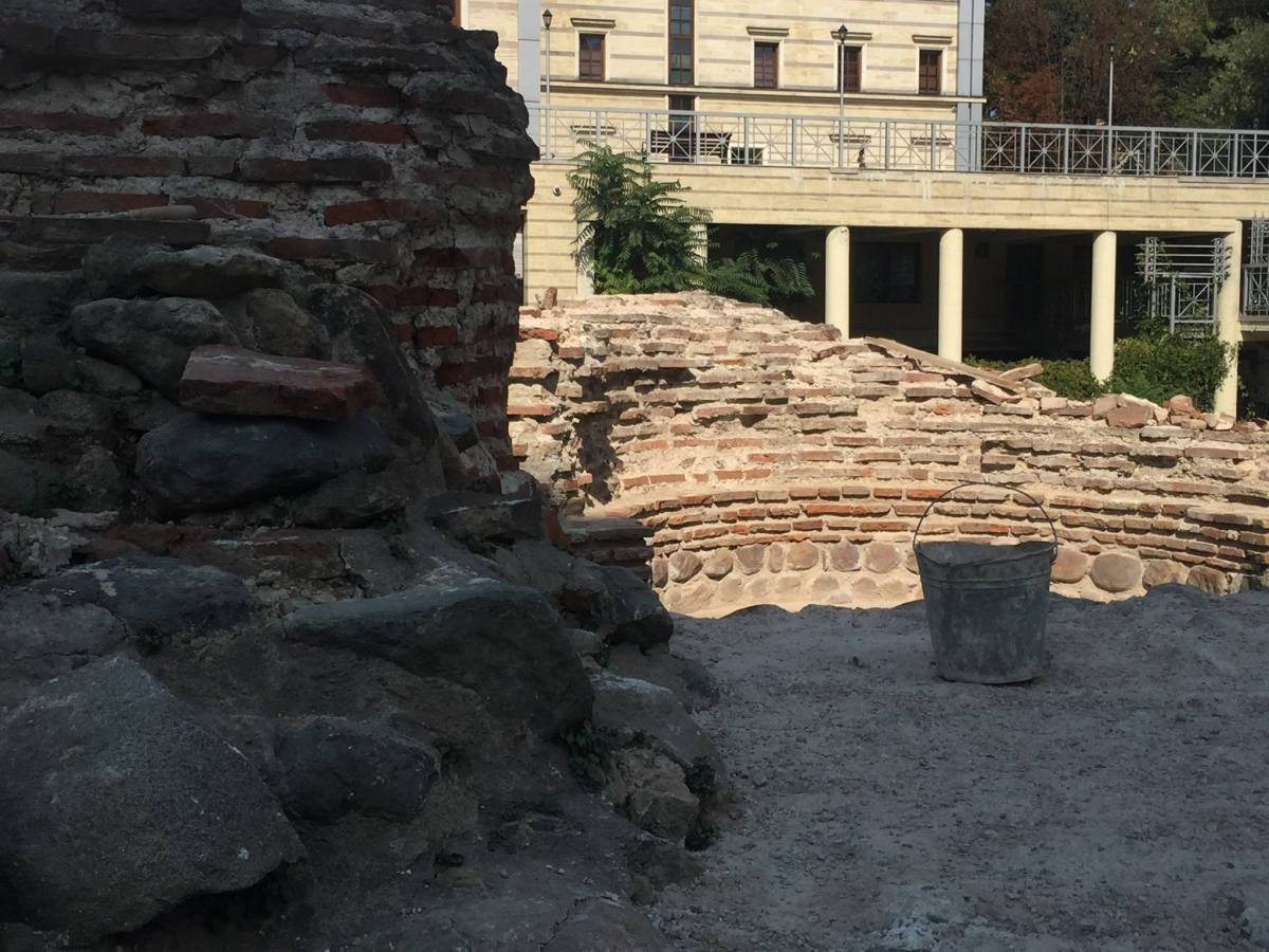 Western Gate of Ancient Serdica in Bulgaria's Capital Sofia under Restoration, to Become Archaeological Park, Mayor Says