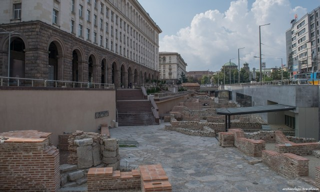 The controversial open-air museum of ancient Serdica in downtown Sofia as seen from the northern entrance of the Serdika II Metro Station. Photo: Archaeology Travel