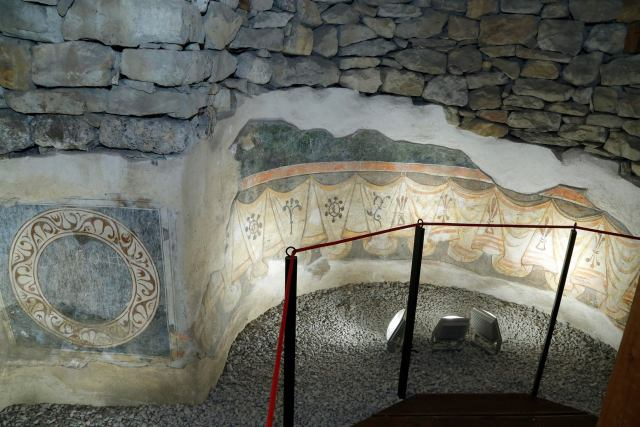 One of the total of three newly restored medieval churches on the Trapesitsa Hill in Veliko Tarnovo features authentic medieval murals. Photos: Bulgarian Prime Minister's Facebook Page