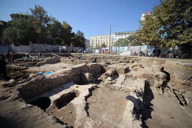The excavations of the monumental Roman building on St. Nedelya Square in downtown Sofia. The building was discovered in 2015. Photos: Geo Kalev / Sofia Mayor Facebook Page