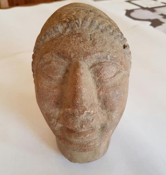 The alleged Apollo head sculpture is dated back to the 6th century BC. Photo: National Museum of History
