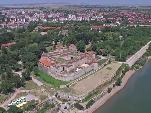 An aerial video of the Baba Vida Fortress (technically, a castle) overlooking the Danube in Bulgaria's Vidin. Photo: Video grab from Bulgariaotvisoko.com