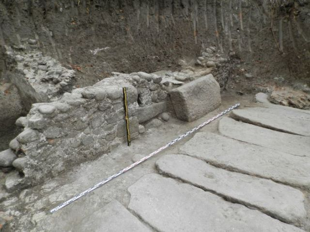 The newly unearthed main street of Parthicopolis is covered with large granite slabs, with preserved Antiqutiy sewerage underneath. Photo: Sandanski Museum of Archaeology