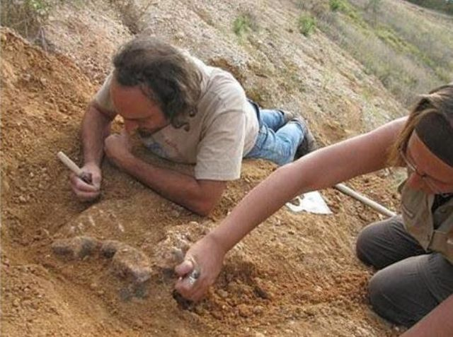 The various dating techniques available to archaeologists