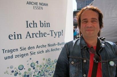 """Dirk Schäfer, Essen """"Ich bin ein Arche-Typ, weil ich es toll finde, dass unterschiedliche Kulturen in Essen miteinander feiern."""" Foto: Sonja Strahl"""