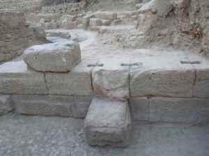 ruines théâtre grec antique Thouria