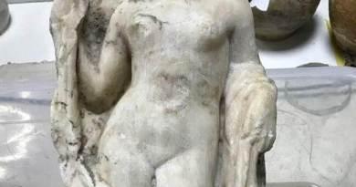 Statue d'Aphrodite trouvée lors des travaux du métro de Thessalonique
