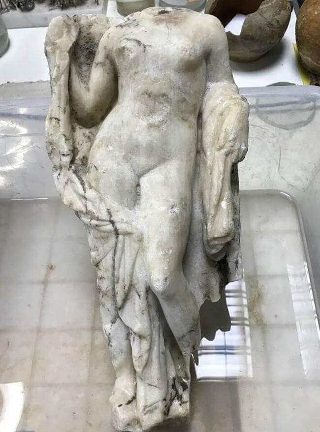 statue Aphrodite